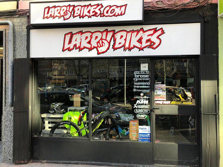 Larry Bikes barrio del Pilar