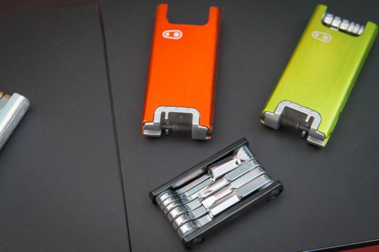 Crankbrothers F15 colores edición limitada multiherramienta