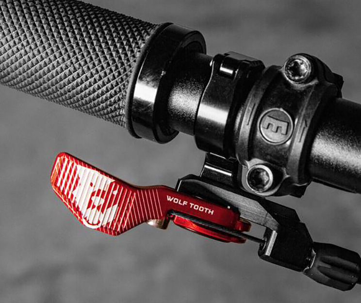 Wolf Tooth Components Remote rojo